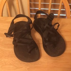 Chaco women's black sandals ZX/2